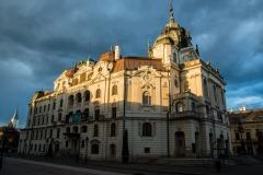 Statne Divadlo